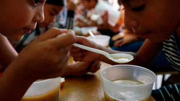 Cáritas: Alrededor de 300.000 niños  podrían morir por desnutrición en Venezuela